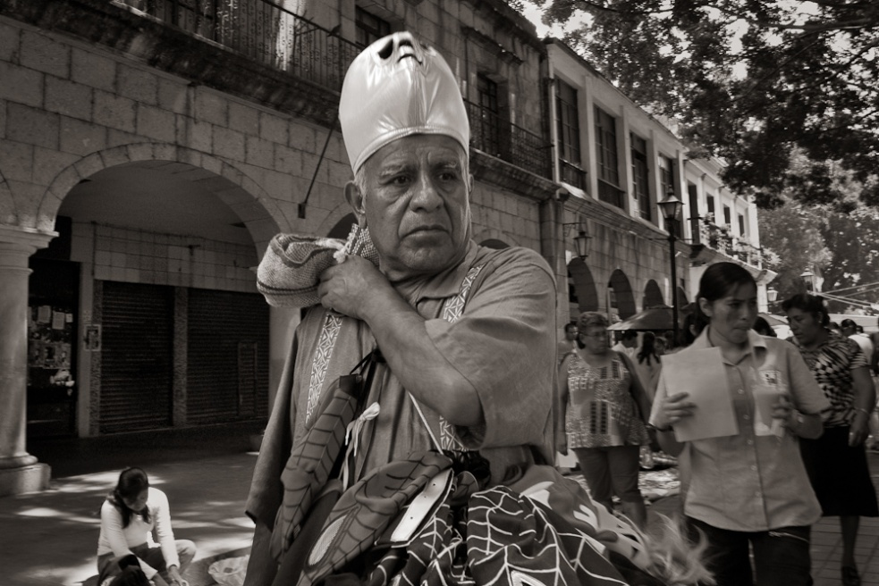 Art and Documentary Photography - Loading Oaxaca10.jpg