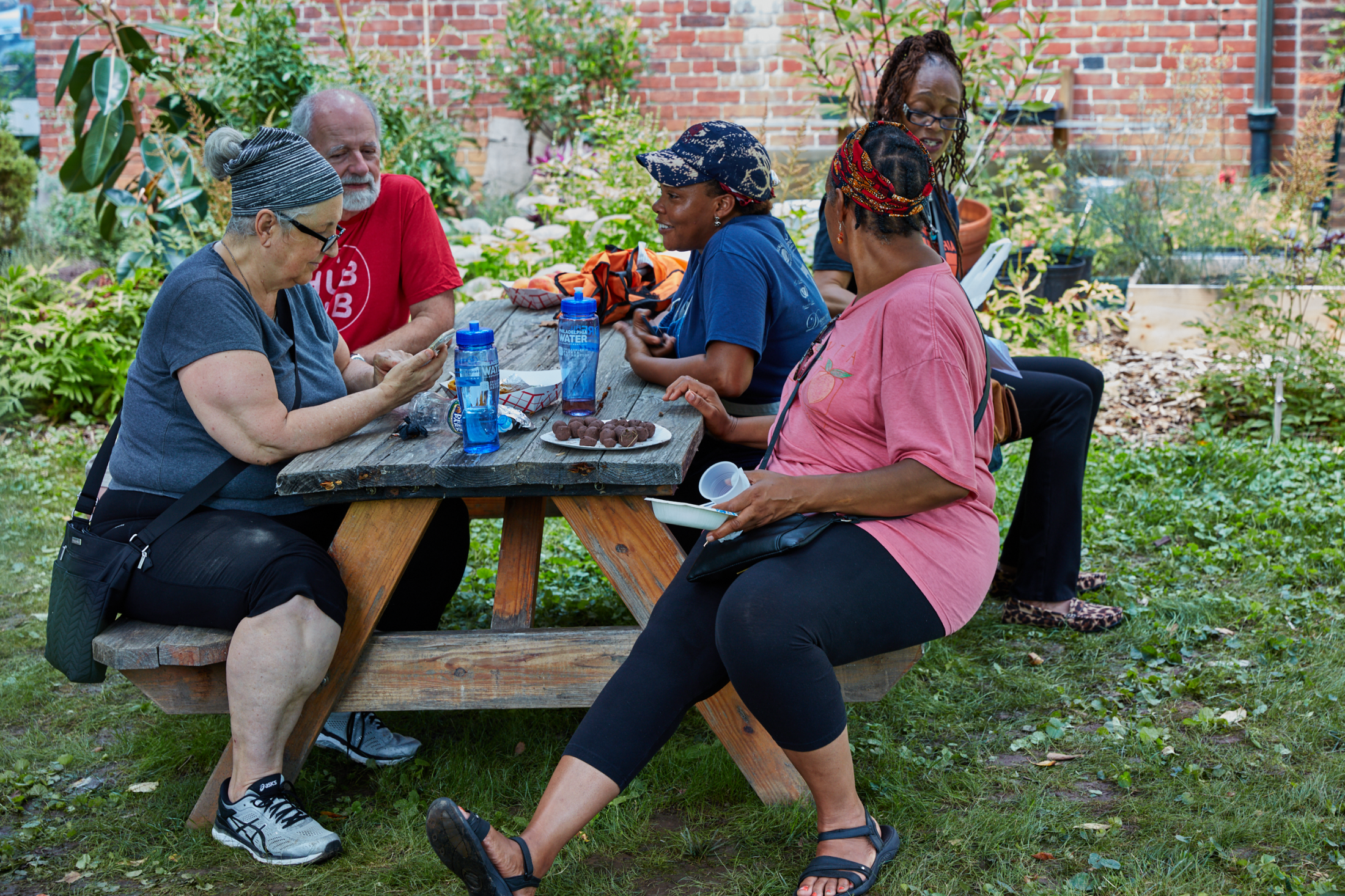 Art and Documentary Photography - Loading 04-08-18_WoodfordMansion-PeachFestival_564.png