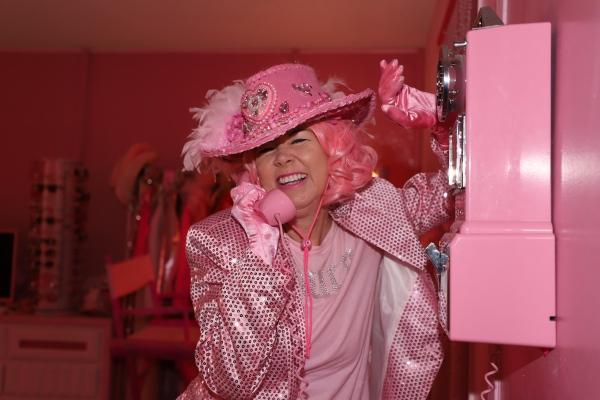 Kitten Kay Sera says the color pink brings her joy.