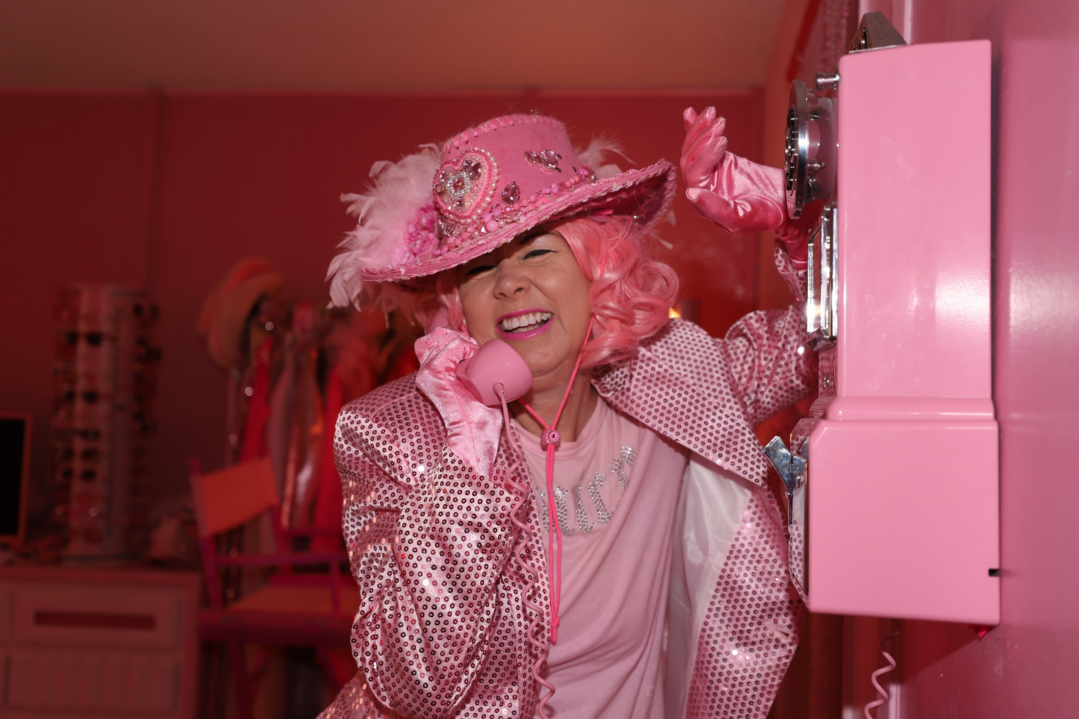 Art and Documentary Photography - Loading Silva_Pink_Lady_of_Hollywood_4607.jpg