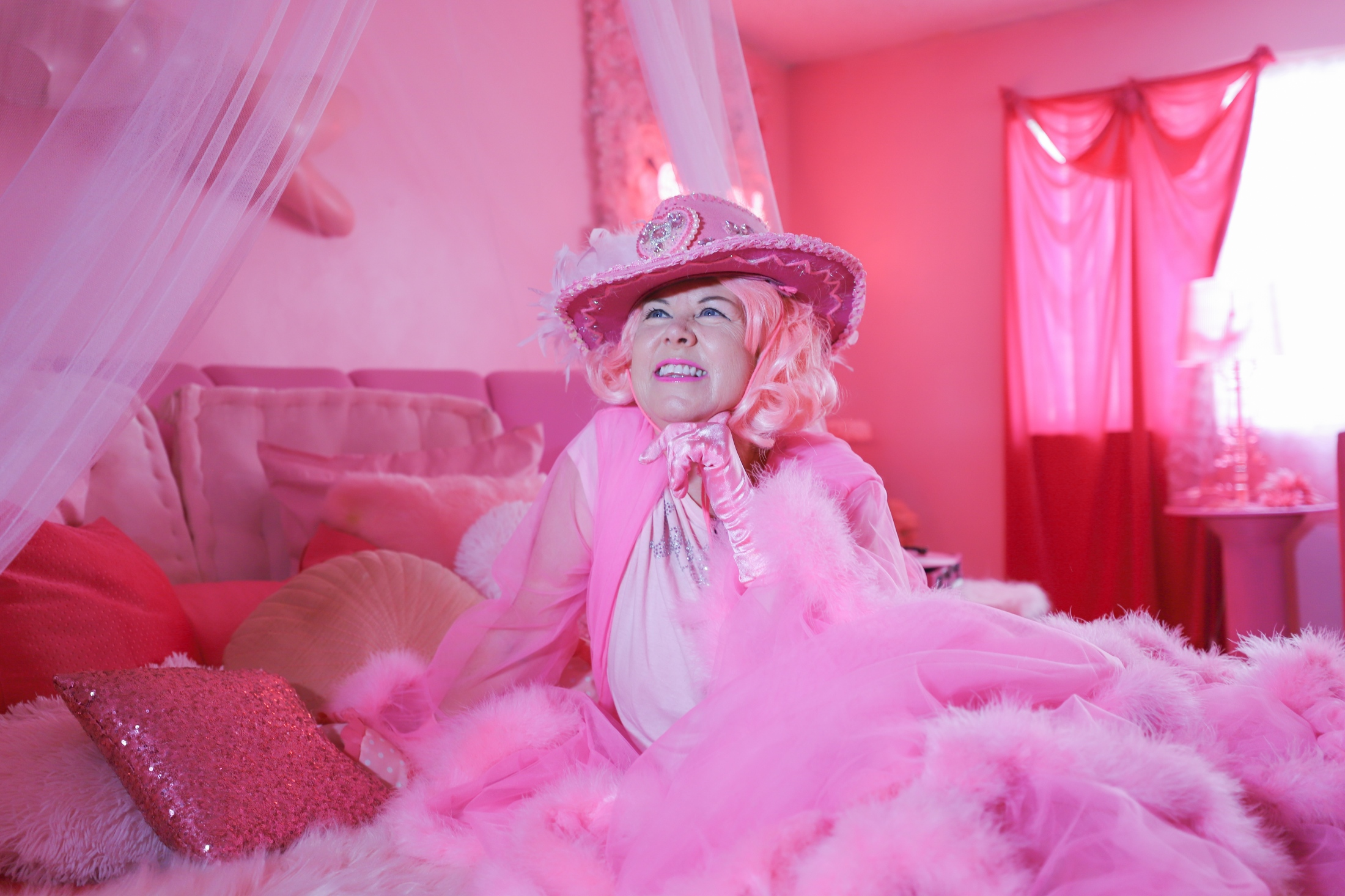 Art and Documentary Photography - Loading Silva_Pink_Lady_of_Hollywood_4533.jpg