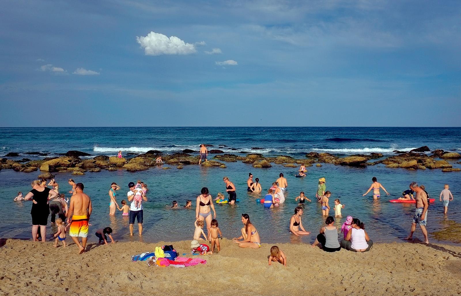 Families, Bronte beach