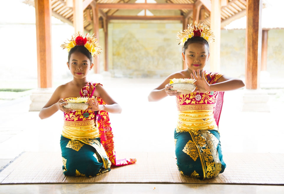 Balinese girls, Indonesia