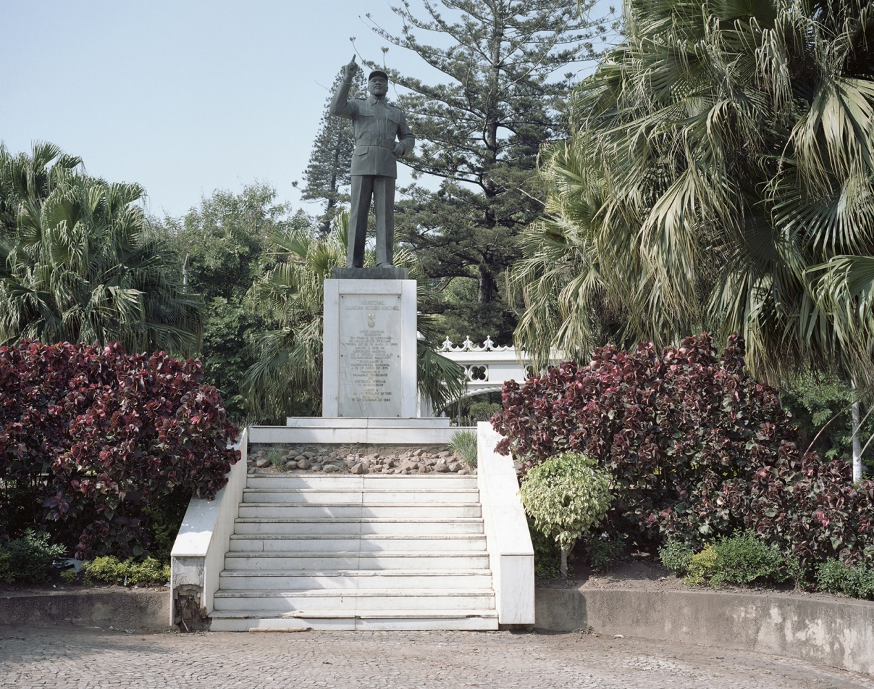 "A statue of Samora Machel, the first president of Mozambique. The former president Guebuza ordered several giants statues of Samora to the Mansudae Studio, a North Korean company, one of the few companies in the world that build big bronze statues. After the statues were placed in the city of Maputo, the citiziens discovered that the somatic features of Samora had become more ""asian""."