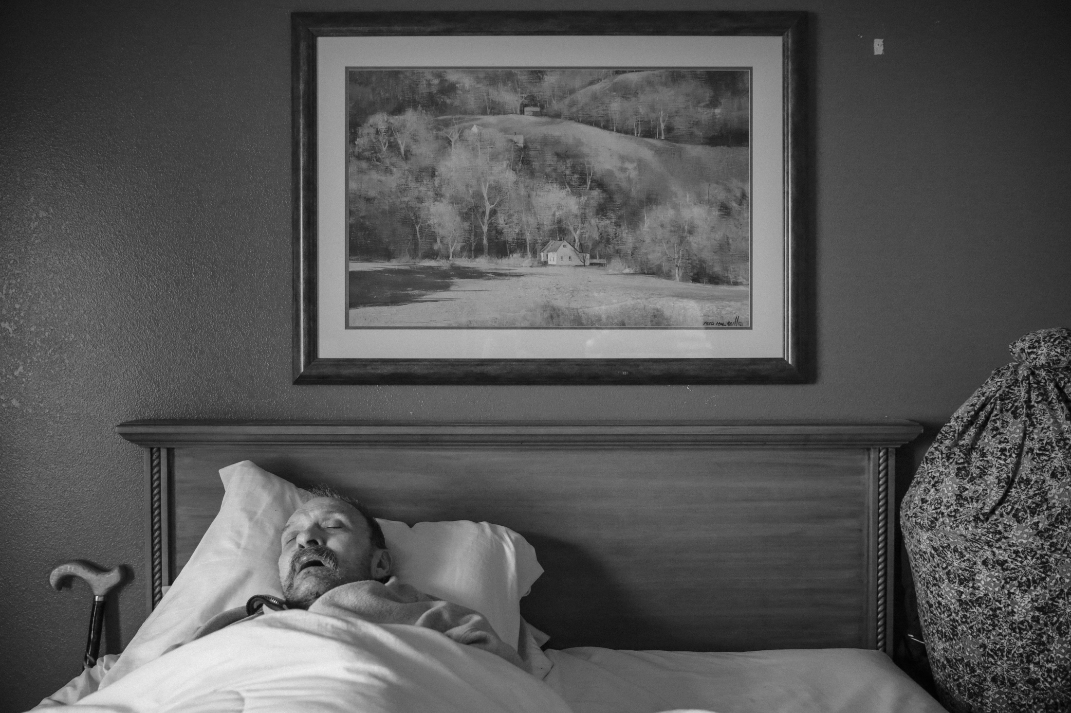 Ty takes a nap in a motel room. Ty started suffering from dementia about a year ago, and now he barely recognizes his daughter Dawn and her fiancé Anthony.