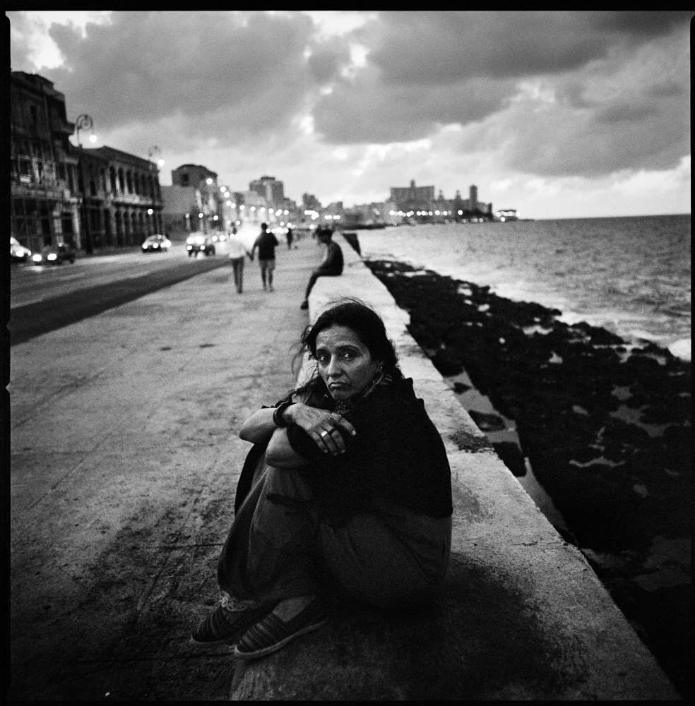 Maria Santucho, the daughter of the Argentine militant Oscar Santucho, who was disappeard in 1976 in Argentina by the military.  Ms Santucho portrayed in the Malecon in Havana, was herself arrested and forced into exile in 1976. She lives in Cuba since then.  Havana, Cuba, December 2006.