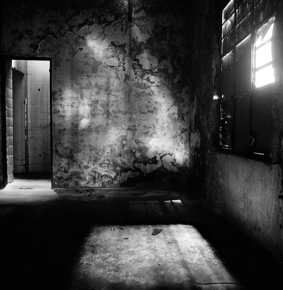 "The torture room of ""Olimpo"" a former clandestine detention and torture center used by the federal police and military to interrogate and kill left-wing militants in Buenos Aires, Argentina during the military dictatorship 1975-1983.  Buenos Aires, Argentina, November 2007."