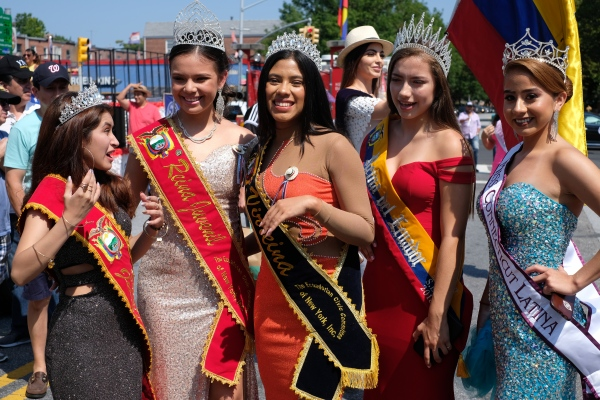 Beauty queens meet on Northern Boulevard. Jackson Heights, July 2018