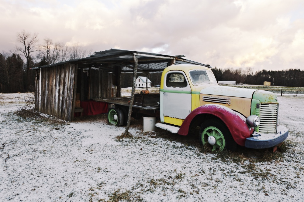 Art and Documentary Photography - Loading 26_Rainbow Truck.jpg
