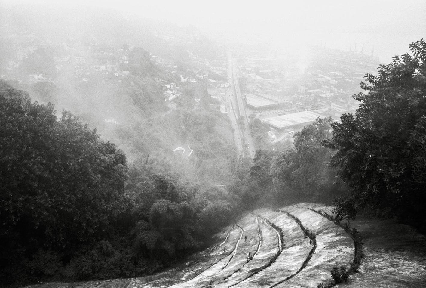 Art and Documentary Photography - Loading 035.jpg