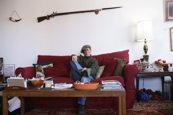 Poet Vincent Tomeo in his living room. Flushing, June 2017