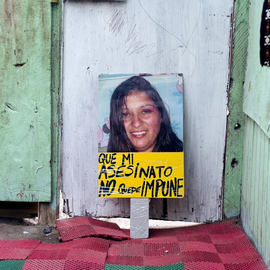A protest signs made for Daisy (30) Burned with their two children inside her house. Antofagasta,Chile