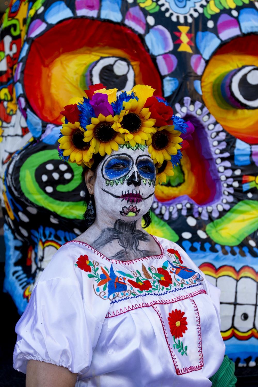 Art and Documentary Photography - Loading 110218_Dia_de_los_Muertos_SA_18.jpg