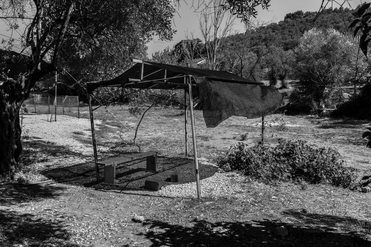 """""""Empty space usually used for mental health consultation: usually full of emotions, sadness, grief and despair... It's very common people are more comfortable speaking there instead of indoor."""" Giovanna Bonvini , Mental Health activity manager, MSF Greece"""