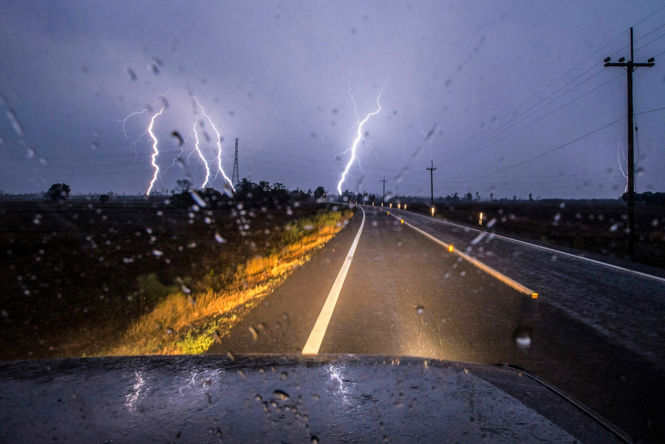 During a change of season, the extended periods of heavy drought conditions accompanied by heavy hail storms and the lightning strike in many areas in Thailand.