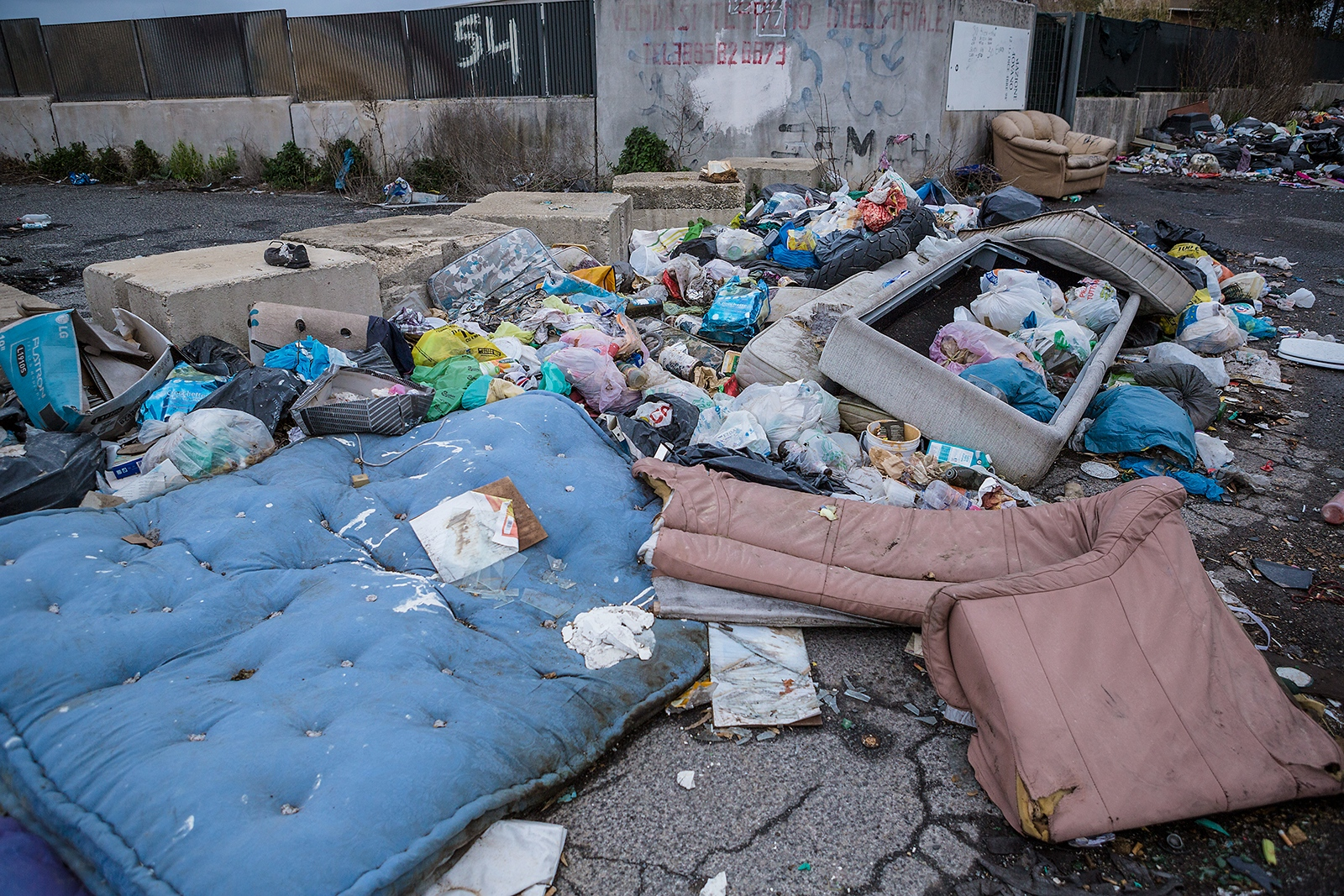 Abandoned garbage and illegal dumping