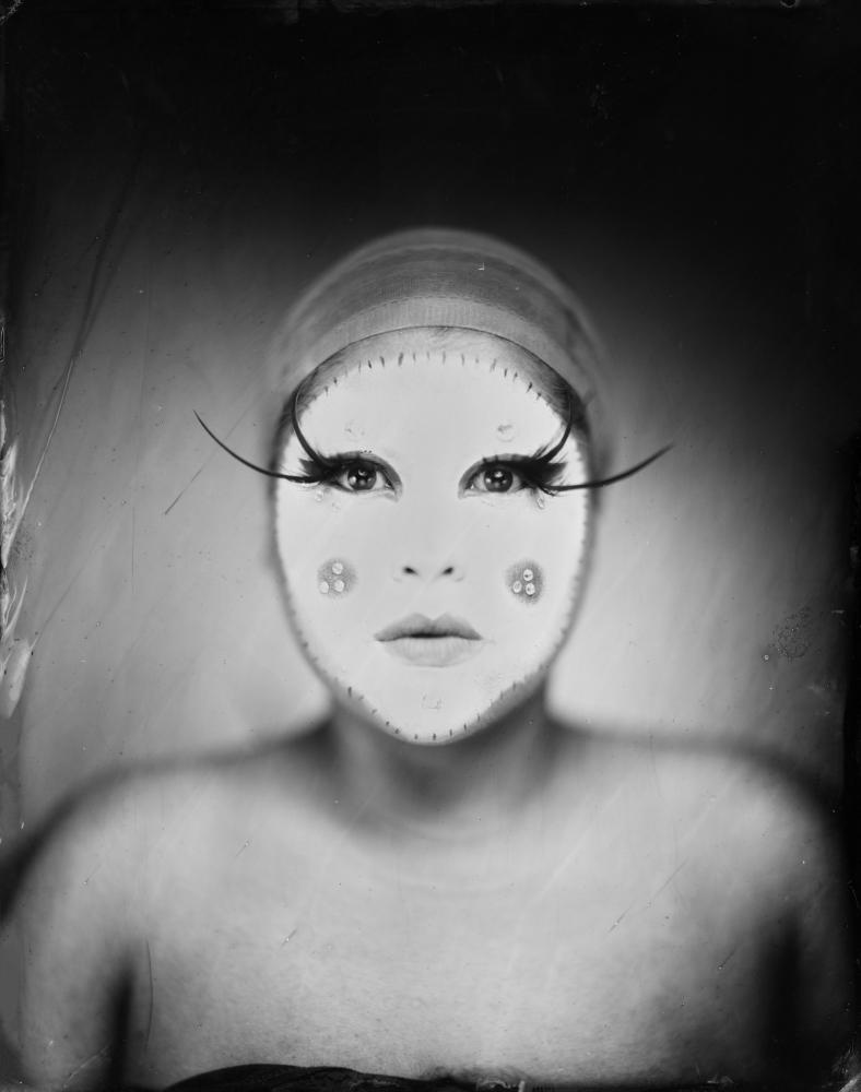 Photography image - Loading dragbesties-headshot03.JPG