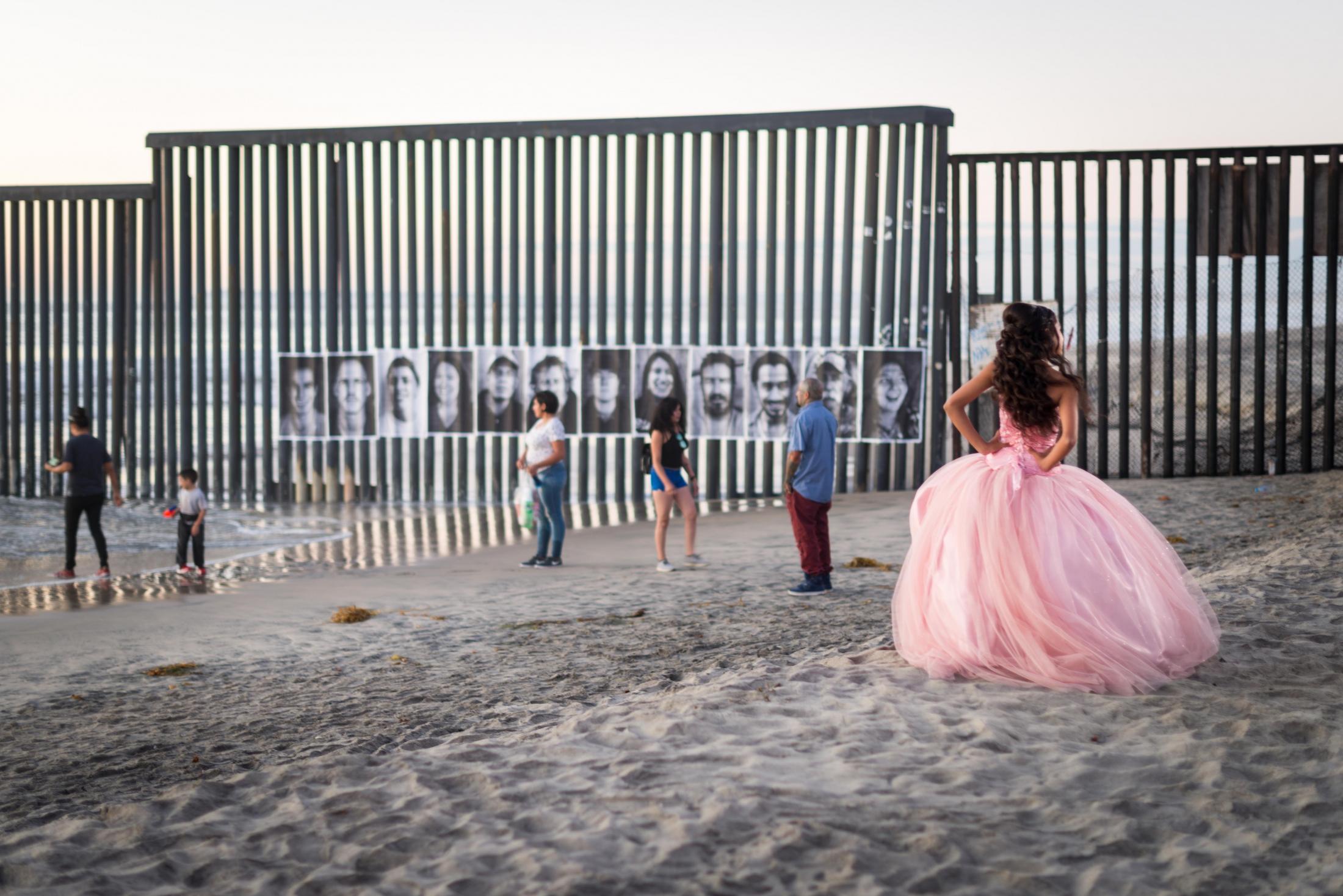 Art and Documentary Photography - Loading insideouttijuana2018JR-6.jpg