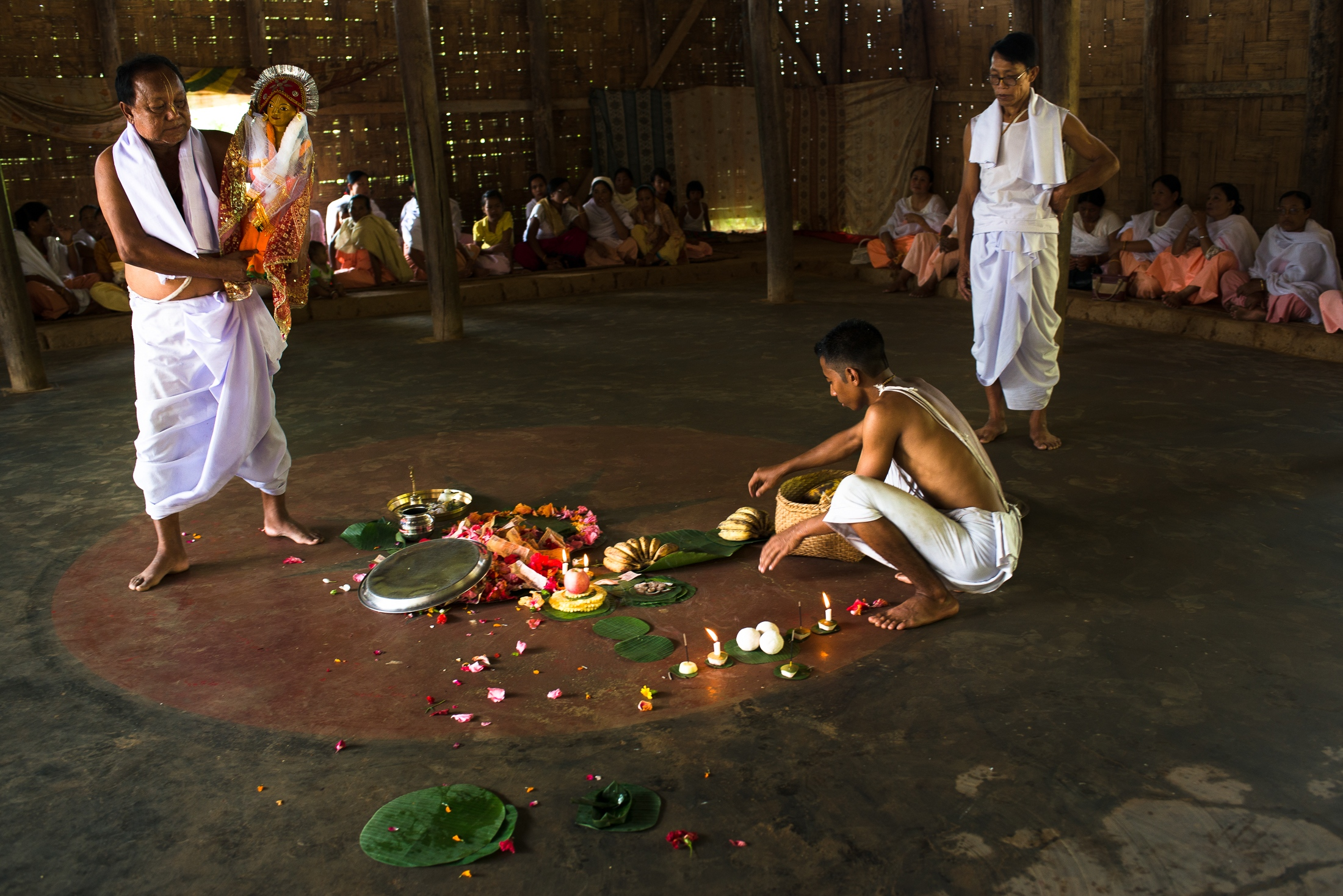 Priests perform a traditional Metie ritual called Tarpon which is annual worship to honor the memory of the ancestors. Several vegetables and fish used in traditional worship come from the Loktak lake and have become near extinct in recent years.
