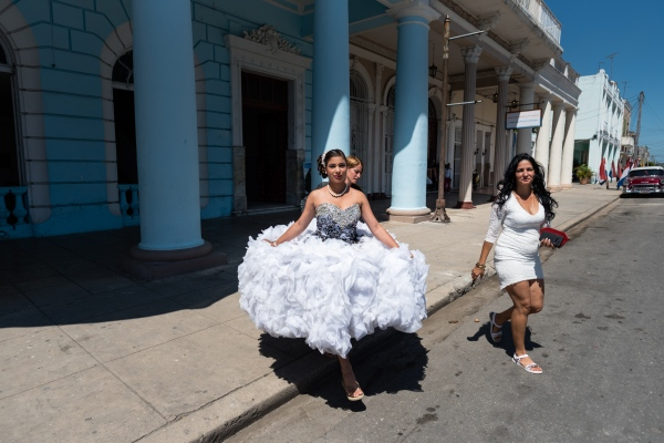 A 'Quinceañera' in Cienfuegos.  The    fiesta de quince años    (also fiesta de quinceañera, quince años and quince) is a celebration of a girl's 15th birthday. It has its cultural roots in Latin America but is widely celebrated today throughout the Americas
