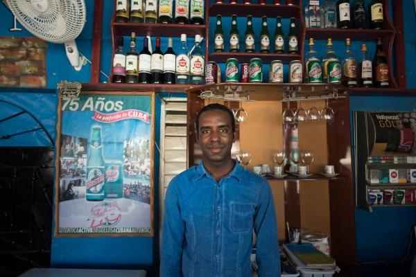 Jose Manuel in his bar in Viñales.