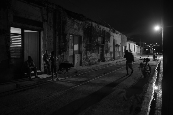 A street in Matanzas at night