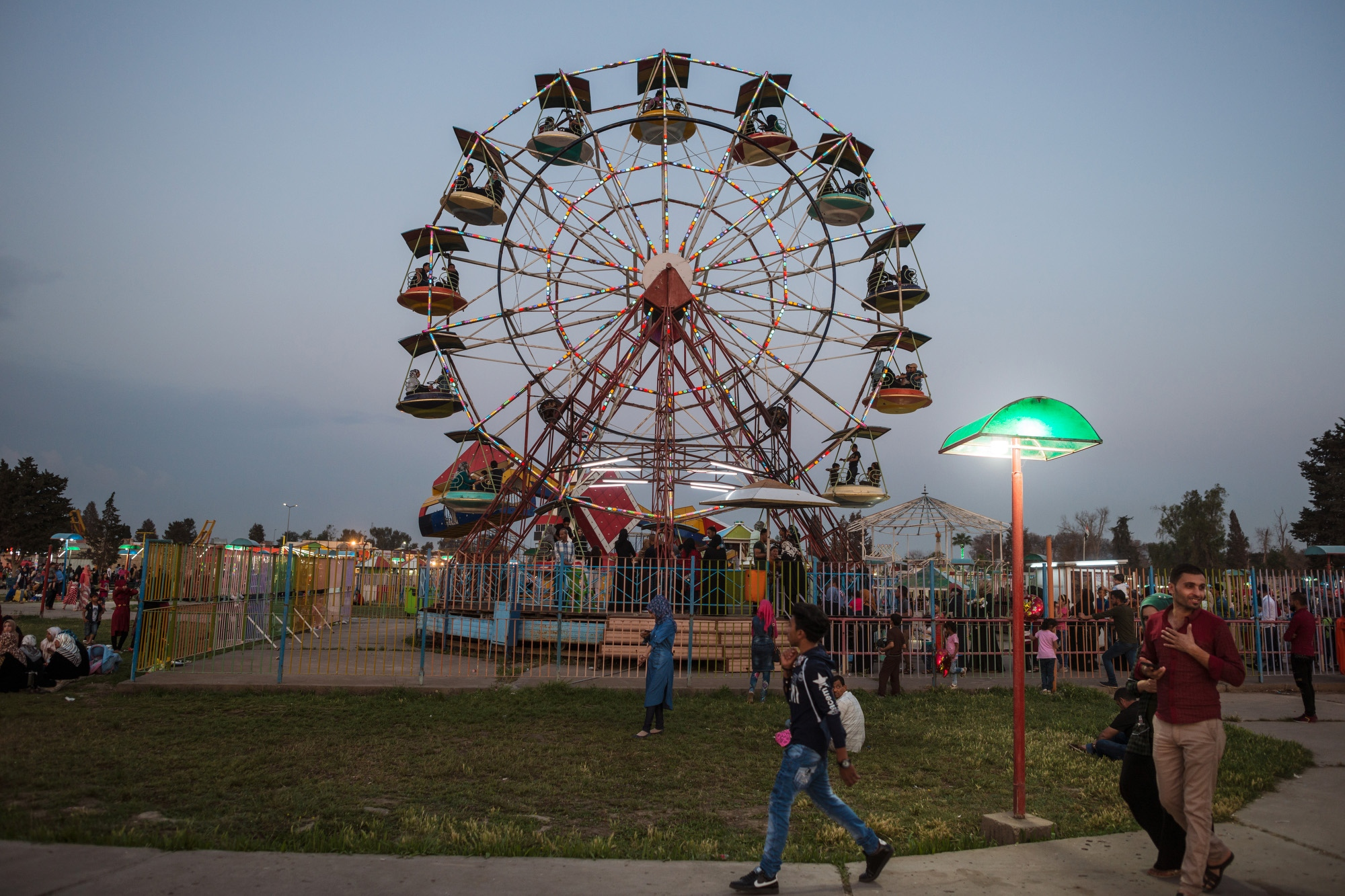 MOSUL 20180414 The fun fair in Mosul was ruin by Daesh during the occupation, but since the liberation the number of visitors have increased to even higher numbers than before Daesh, says the manager. Photo: Vilhelm Stokstad / Kontinent