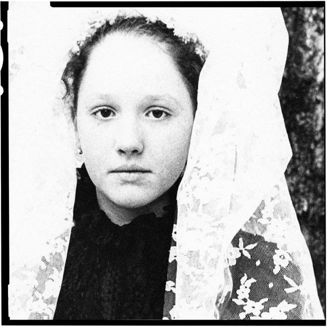 Art and Documentary Photography - Loading YOUNG GIRL BRIDE-2.jpg
