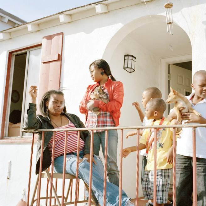 Art and Documentary Photography - Loading Family_1.jpg