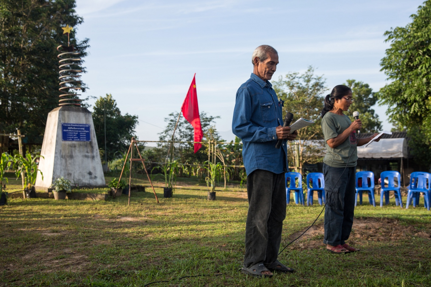 Pasit Bunban (left) and Pi Puang (right) they thank visitors for coming to the 10 year anniversary celebrations since the founding of the Southern Peasant's Federation of Thailand (SPFT). December 2018.
