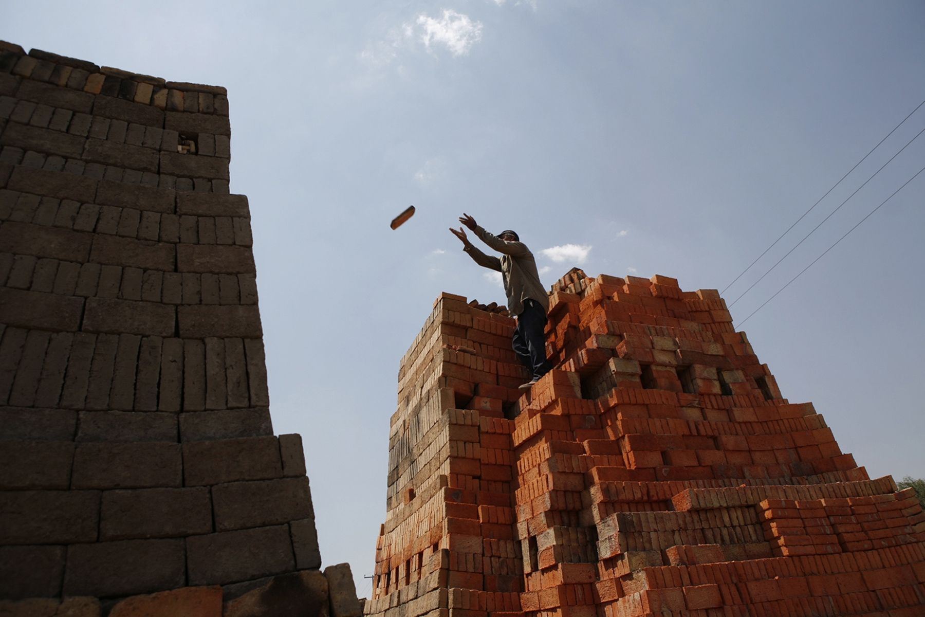 Brickmakers on the outskirts of Guadalajara build large ovens directly outside of their homes to fire bricks. In these impoverished communities, brickmakers will burn anything available, including low-cost toxic fuel, old tires and wood scraps.