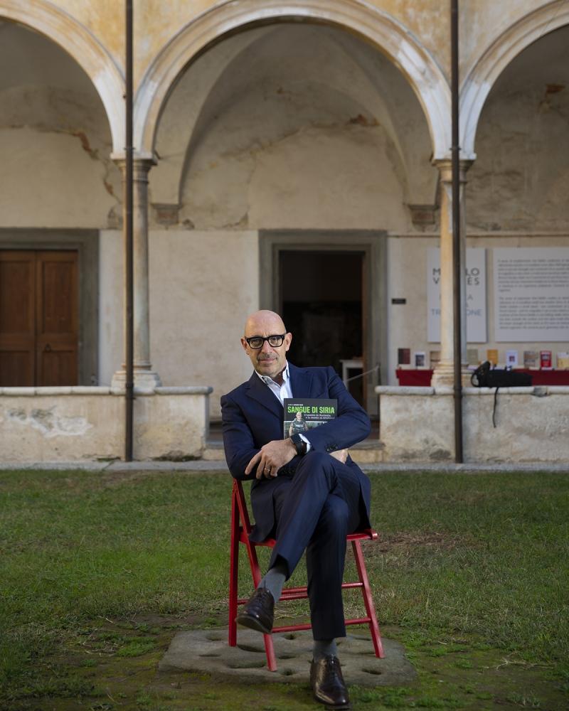 il giornalista Gian Micalessin, al Libropolis Festival di Pietrasanta.