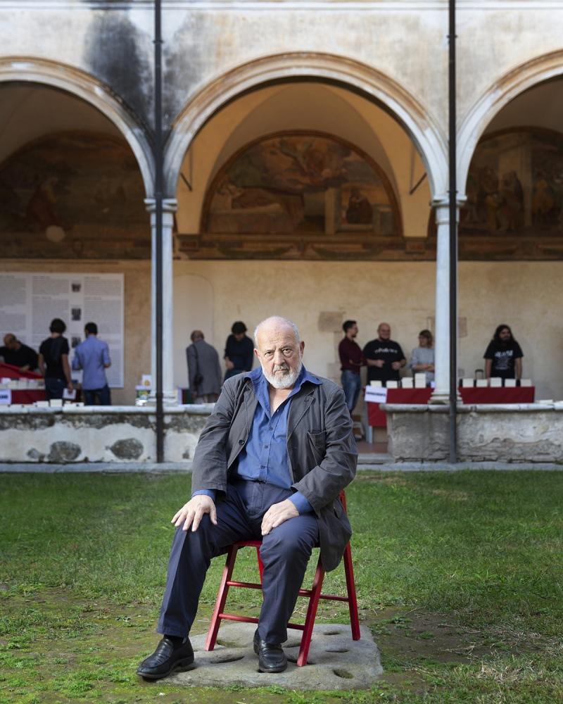 lo scrittore e professore di storia medievale, Franco Cardini,al Libropolis Festival di Pietrasanta.