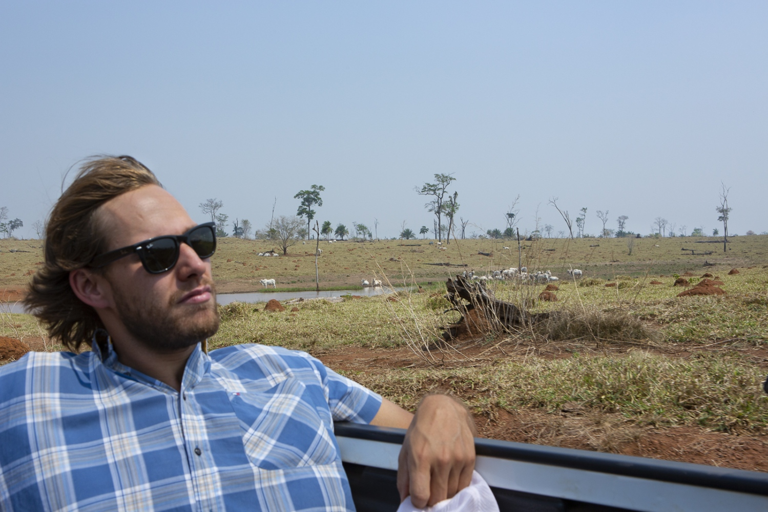 Rodrigo Rodrigues da Cunha, 27 years, the young financial manager of his familiar agro-business company, visit a 38 thousand acres farm in Mato Grosso newly acquired by the group. The Rodrigues da Cunha Agropecuaria owns 11 farms in Brazil, spreads between Mato Grosso, Para, Tocantins, among others. Mato Grosso, Brazil, 2015