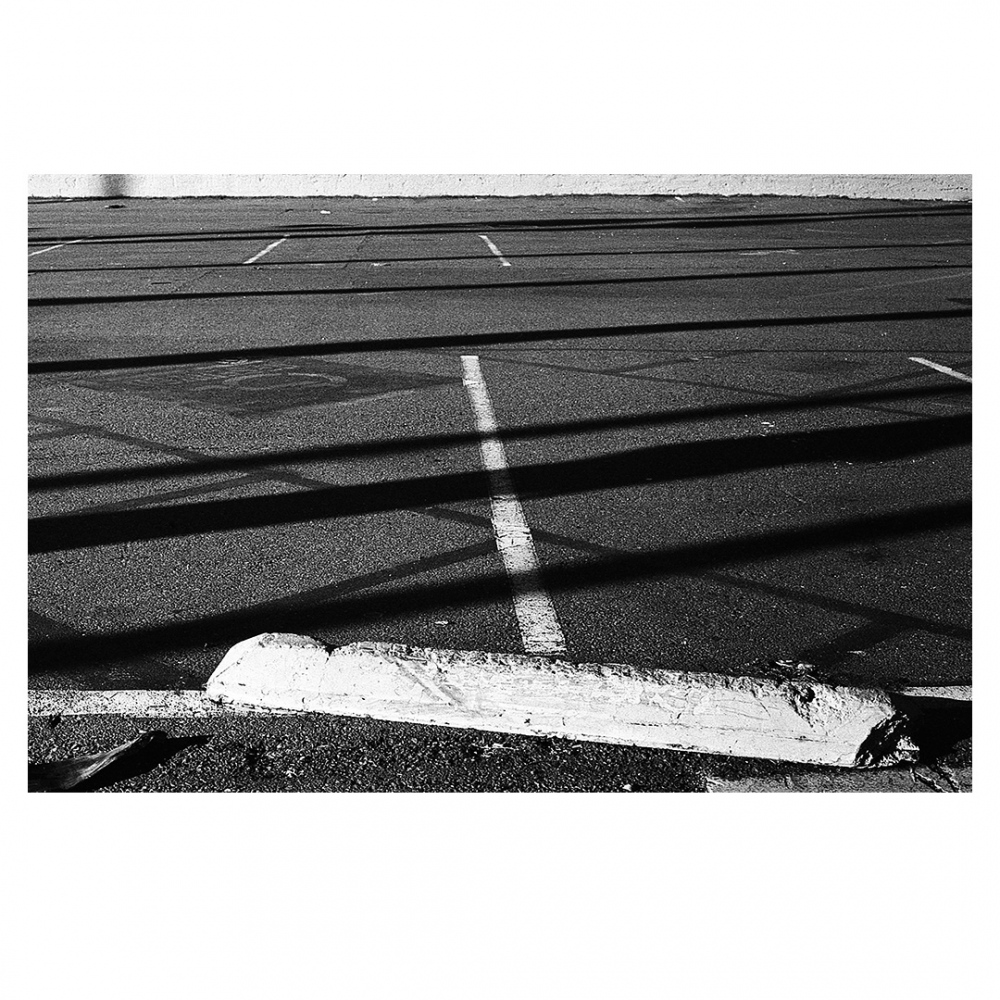 Photography image - Loading 003_granada_ave.jpg