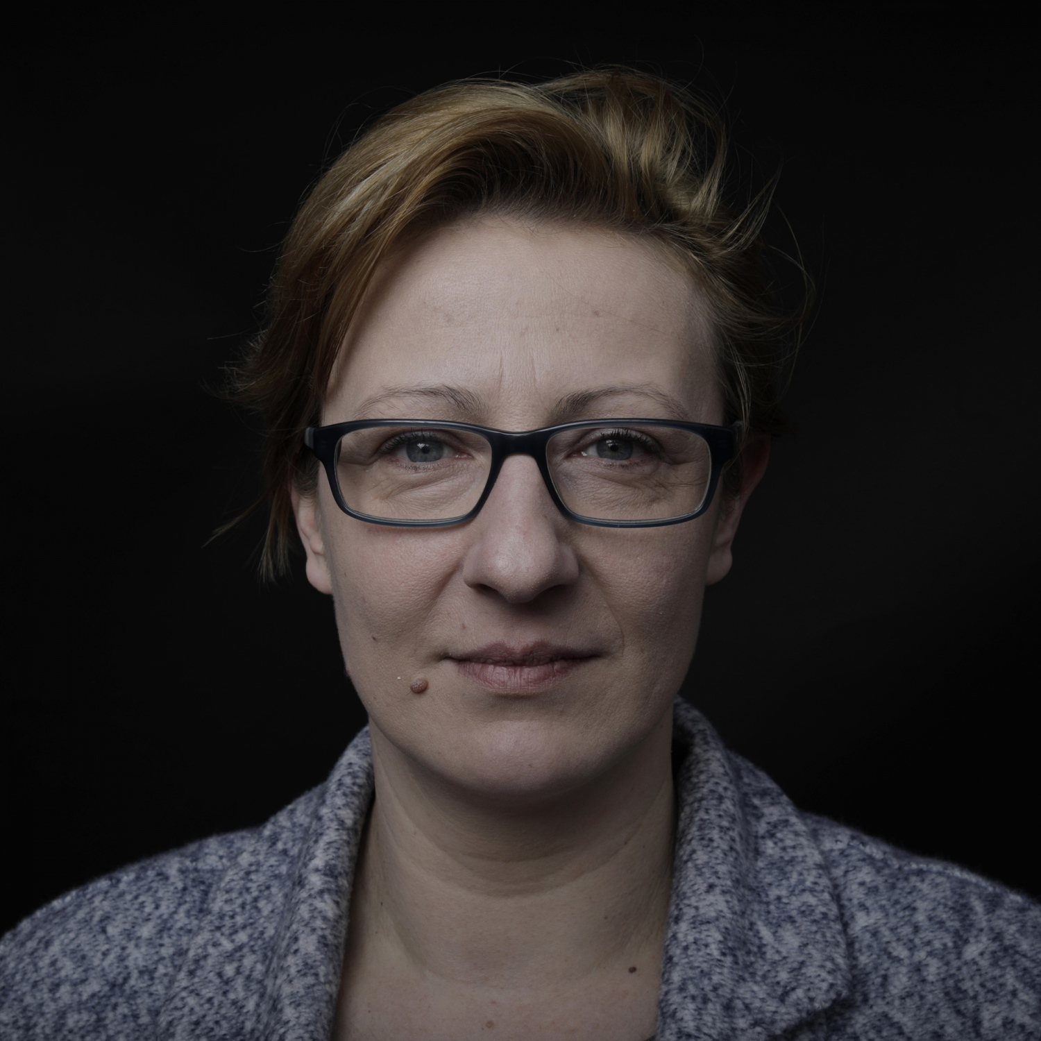 "Anna Knowska, 39. Polish, works at the Jewish kitchen. ""I hope that it will not affect our lives at all, that we will continue to work. We did not come here to take the benefits. However, we do not fully believe that this brexit will come to fruition, we still have a great hope that something may change. But they promise us that everything will be like it used to be. We hope. We have no intention of running away from here."""
