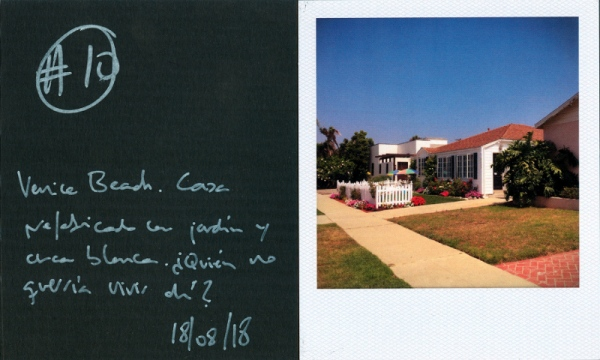 """""""Venice Beach. A manufactured home with front yard and a white fence. Who would not like to live there?"""""""