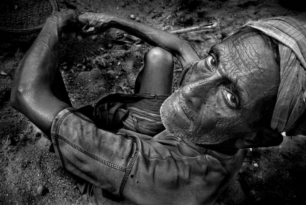 Art and Documentary Photography - Loading khaled_hasan_39.jpg