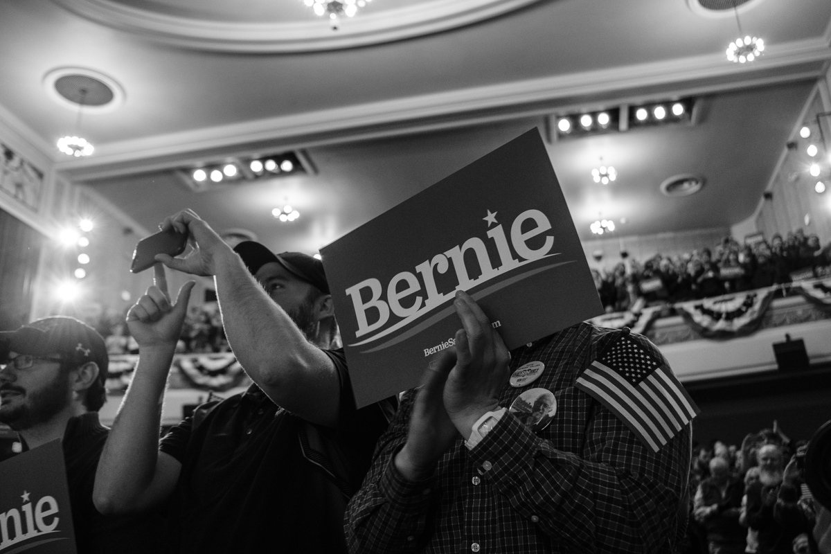 Art and Documentary Photography - Loading 031019-sanders_rally03-zps.jpg