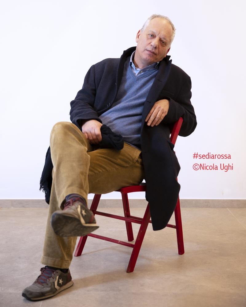 """Il direttore de Il Fatto Quotidiano, Peter Gomez, fotografato all'interno della rassegna """"potrebbe andare Peccioli""""."""