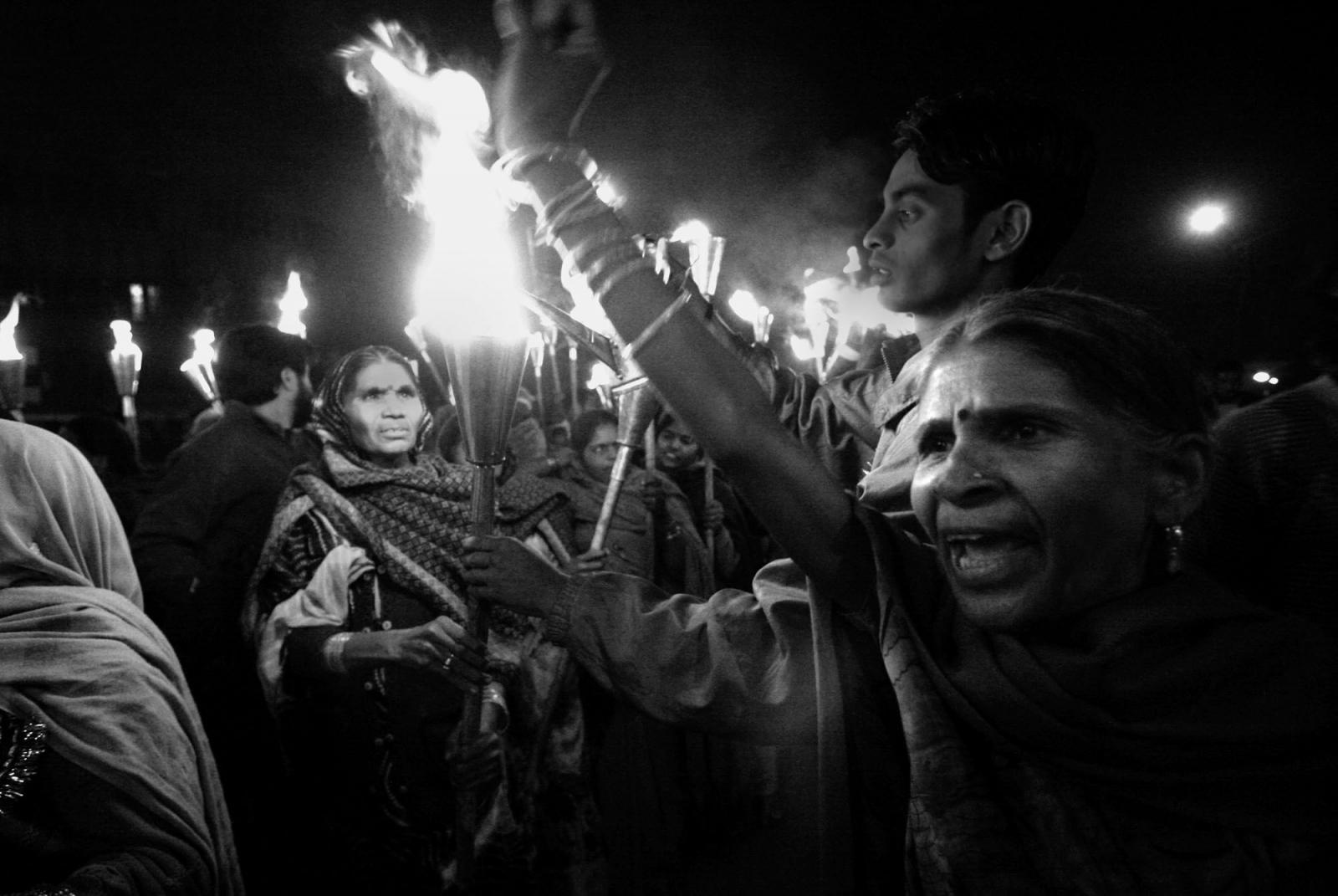 Photography image - Loading Bhopal_white_003.jpg