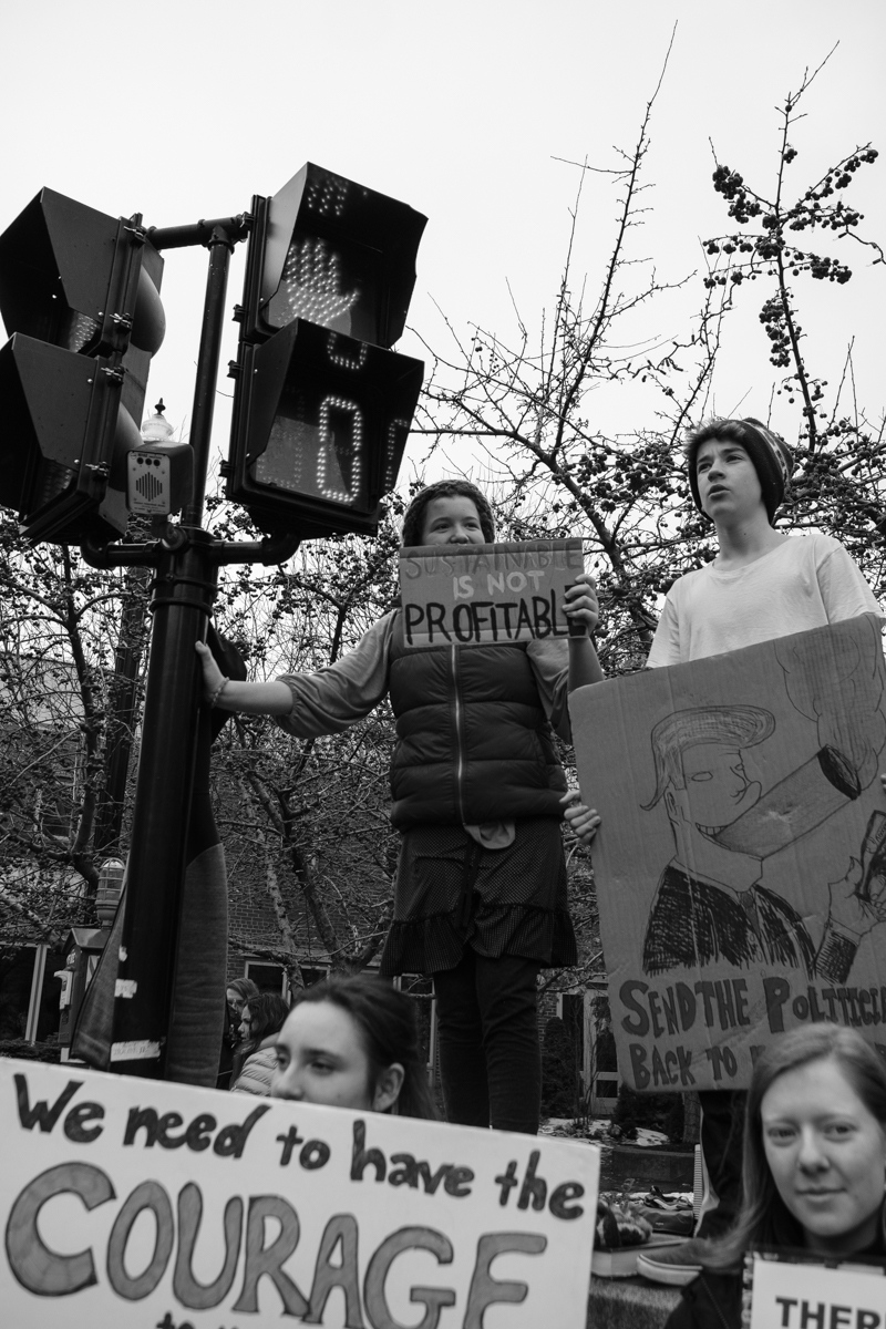 Art and Documentary Photography - Loading 031519-youth_climate_rally07-zps.jpg