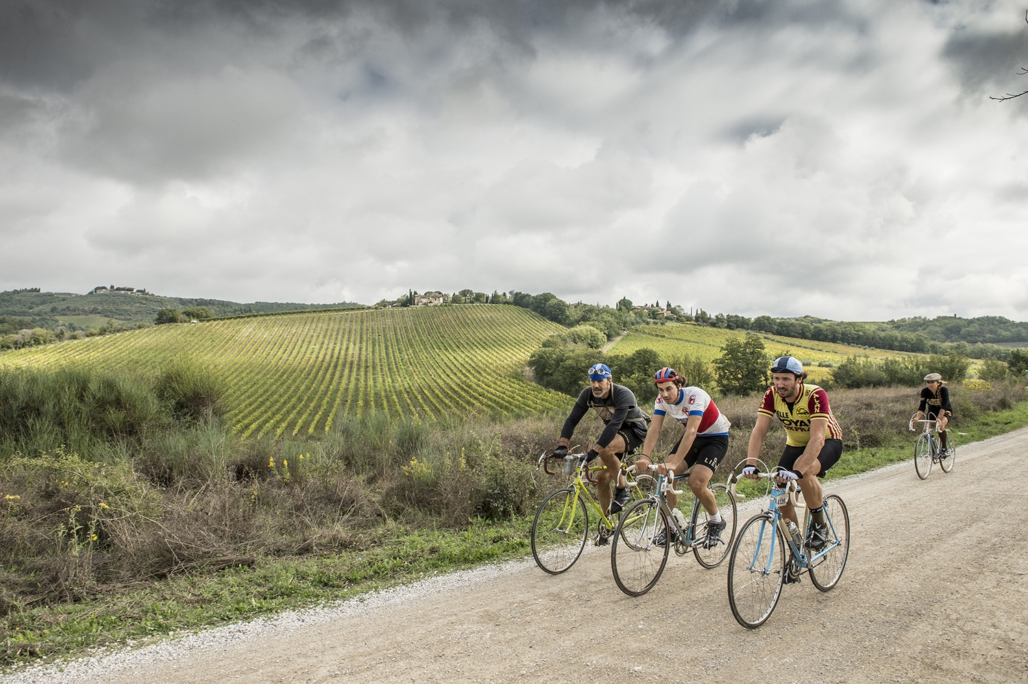 Eroica di Gaiole: traditional cycle vintage race in the middle of tuscan vineyards