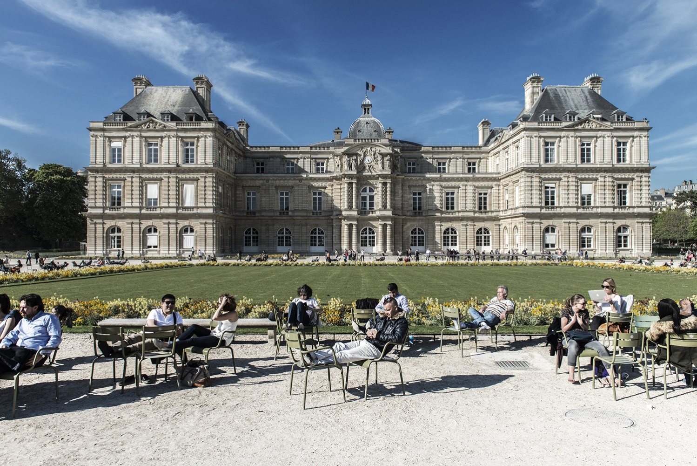 Paris: Jardin Du Luxembourg in spring