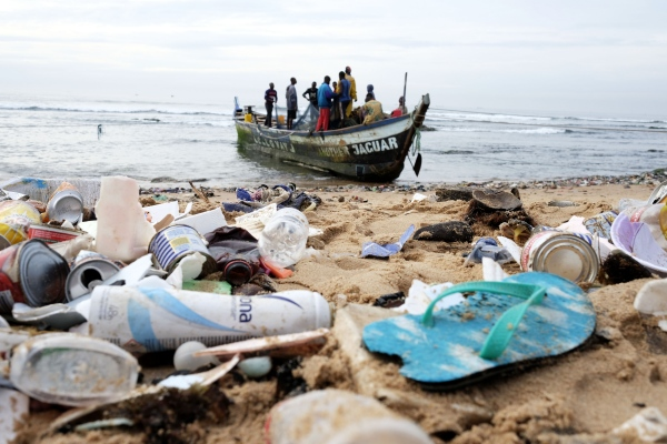 Fishermen In Accra - Photography project by Christina Czybik