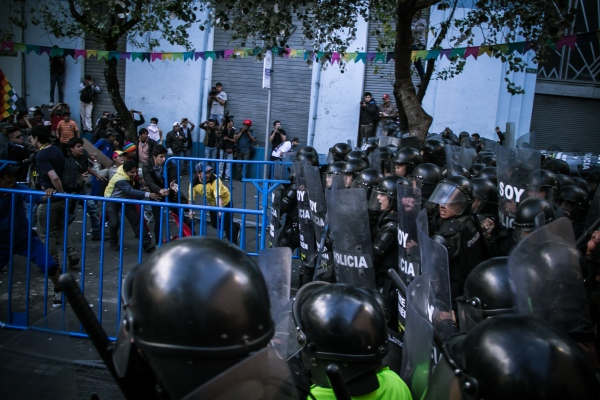 Protesters and police clash in the indigenous uprising during the regime of Rafael Correa.     Quito, 2015    Johis Alarcón/ Facción Latina