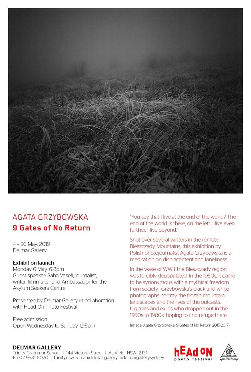 Art and Documentary Photography - Loading ULOTKA.jpg