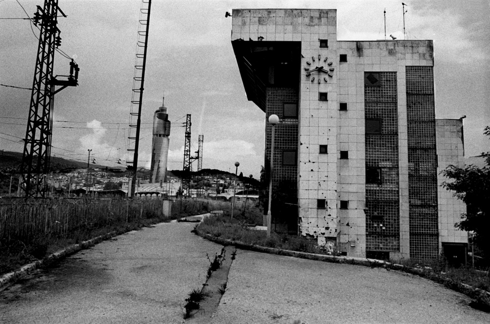 Art and Documentary Photography - Loading 044 Prolaz_Bosnia,Sarajevo 2011.jpg