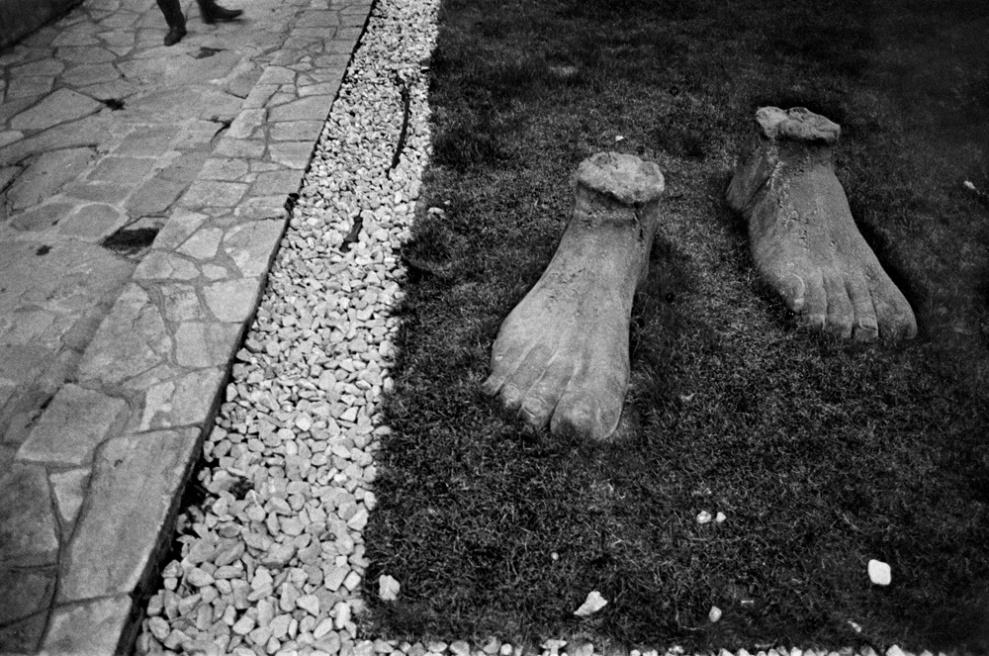 Art and Documentary Photography - Loading 053 Prolaz_Grecia,Thessaloniki 2012.jpg