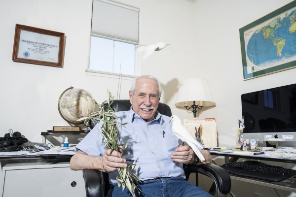 Mike Gravel 2020 Presidential Campaign Photoshoot